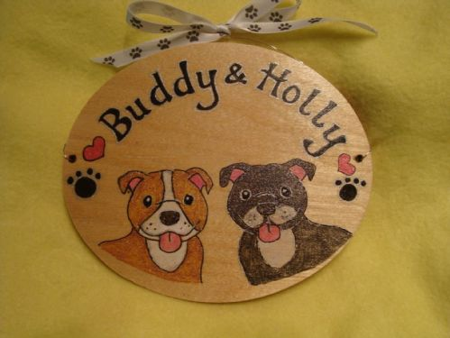Two Character Personalised Puppy Dog Kennel Bed Run Bedroom Wooden Oval Sign Personalised Any Breed /Colouration Phrasing Unique Gift